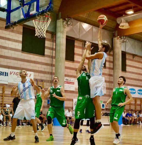 https://www.basketmarche.it/immagini_articoli/15-09-2019/trofeo-citt-bertinoro-ottima-titano-marino-supera-basket-lugo-finale-600.jpg