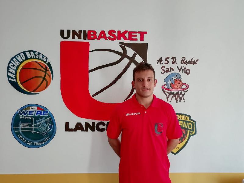 https://www.basketmarche.it/immagini_articoli/15-09-2020/ufficiale-carlo-muffa-giocatore-unibasket-lanciano-600.jpg