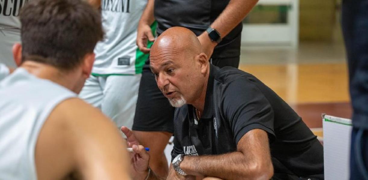 https://www.basketmarche.it/immagini_articoli/15-09-2021/supercoppa-campetto-ancona-attende-visita-andrea-costa-imola-600.jpg