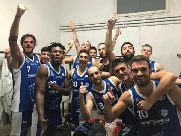 https://www.basketmarche.it/immagini_articoli/15-10-2017/serie-b-nazionale-il-porto-sant-elpidio-cade-in-casa-contro-lo-janus-fabriano-270.jpg