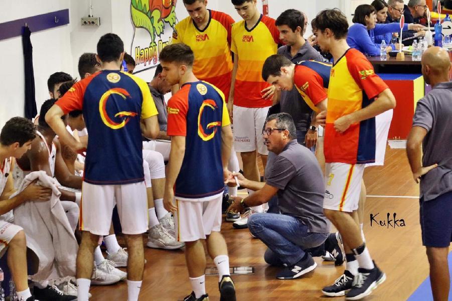 https://www.basketmarche.it/immagini_articoli/15-10-2019/giulianova-basket-cerca-riscatto-campo-pallacanestro-senigallia-600.jpg