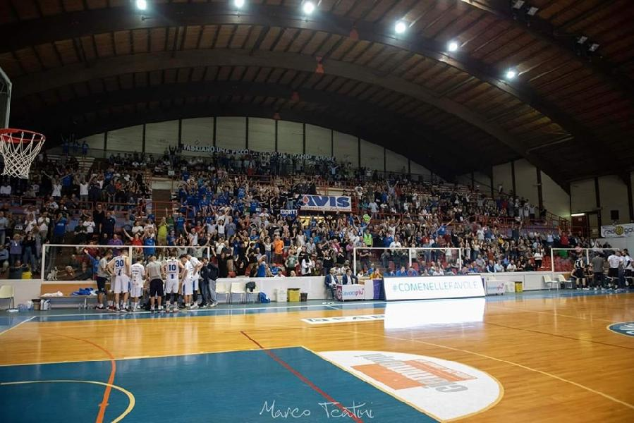 https://www.basketmarche.it/immagini_articoli/15-10-2019/janus-fabriano-atteso-insidiosa-trasferta-campo-teramo-basket-600.jpg