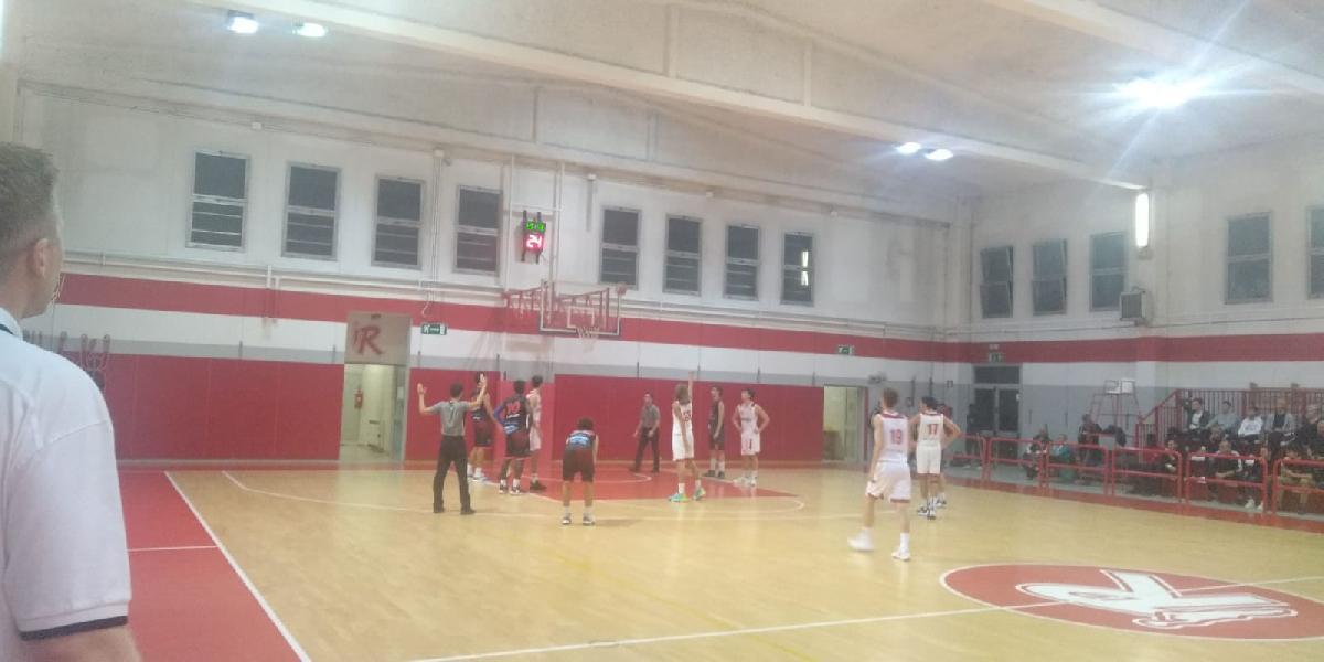 https://www.basketmarche.it/immagini_articoli/15-10-2019/under-pallacanestro-reggiana-supera-volata-unibasket-lanciano-600.jpg