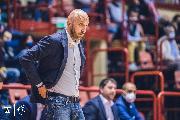 https://www.basketmarche.it/immagini_articoli/15-10-2021/janus-fabriano-coach-pansa-severo-dovremo-esser-pronti-giocare-partita-intensa-ruvida-120.jpg