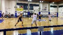 https://www.basketmarche.it/immagini_articoli/15-10-2021/vuelle-pesaro-bagna-esordio-convincente-vittoria-falkodinamis-falconara-120.jpg
