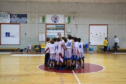 https://www.basketmarche.it/immagini_articoli/15-11-2017/giovanili-il-bilancio-della-settimana-delle-squadre-del-basket-maceratese-270.jpg