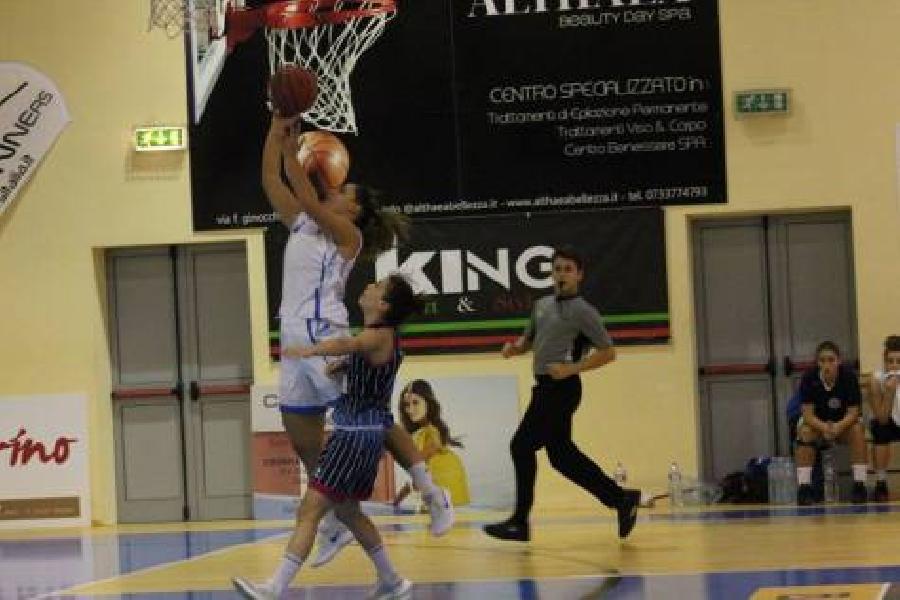 https://www.basketmarche.it/immagini_articoli/15-11-2018/feba-civitanova-cerca-continuit-galli-giovanni-valdarno-600.jpg