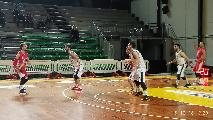 https://www.basketmarche.it/immagini_articoli/15-12-2018/atomika-spoleto-supera-sericap-cannara-continua-correre-120.jpg