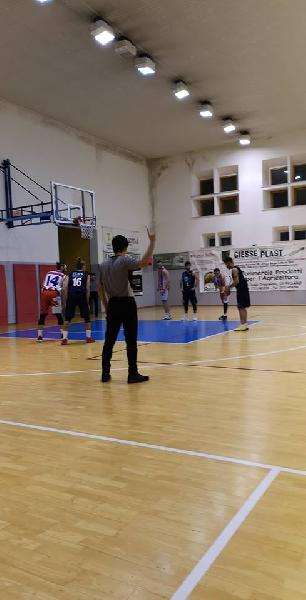https://www.basketmarche.it/immagini_articoli/15-12-2018/basket-giovane-pesaro-ferma-vede-vicino-vetta-classifica-600.jpg