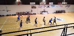 https://www.basketmarche.it/immagini_articoli/15-12-2018/cadono-ignorantia-camerino-bene-vadese-dinamis-storm-ubique-tutto-quattro-gironi-120.jpg