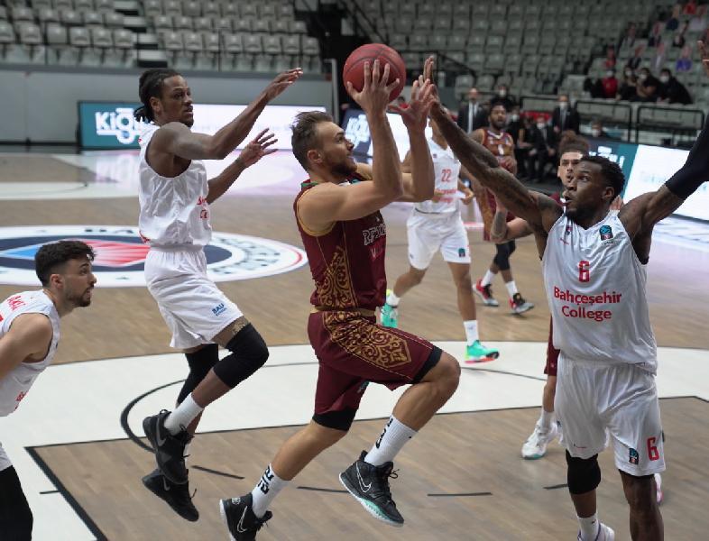 https://www.basketmarche.it/immagini_articoli/15-12-2020/eurocup-netta-sconfitta-reyer-venezia-campo-bahcesehir-600.jpg