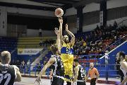 https://www.basketmarche.it/immagini_articoli/16-01-2020/poderosa-montegranaro-ferma-caserta-arriva-quarta-fila-ottimo-bonacini-120.jpg