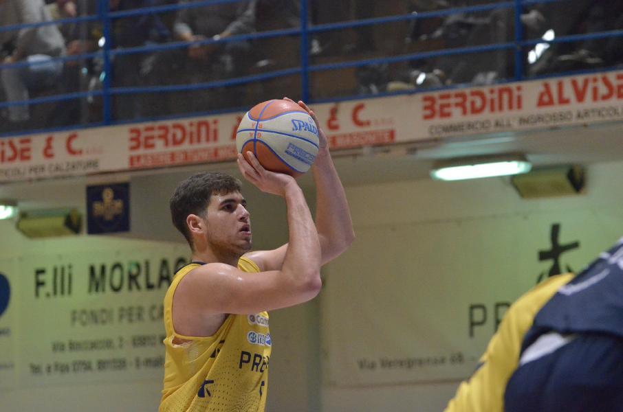 https://www.basketmarche.it/immagini_articoli/16-01-2020/sutor-montegranaro-jacopo-ragusa-dobbiamo-dare-qualcosa-andiamo-faenza-vincere-600.jpg