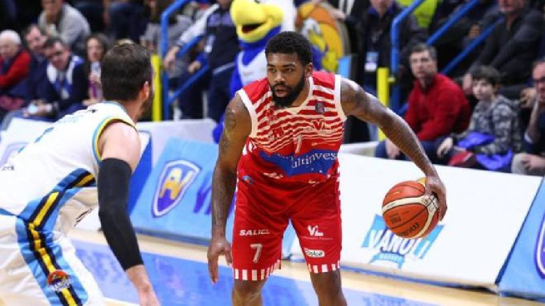 https://www.basketmarche.it/immagini_articoli/16-01-2021/longhi-treviso-trevor-lacey-nome-buono-sostituire-jeffrey-carroll-600.jpg
