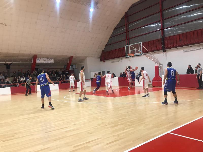 https://www.basketmarche.it/immagini_articoli/16-02-2019/regionale-macerata-cade-casa-fochi-comando-brown-sugar-derby-bene-88ers-ascoli-600.jpg