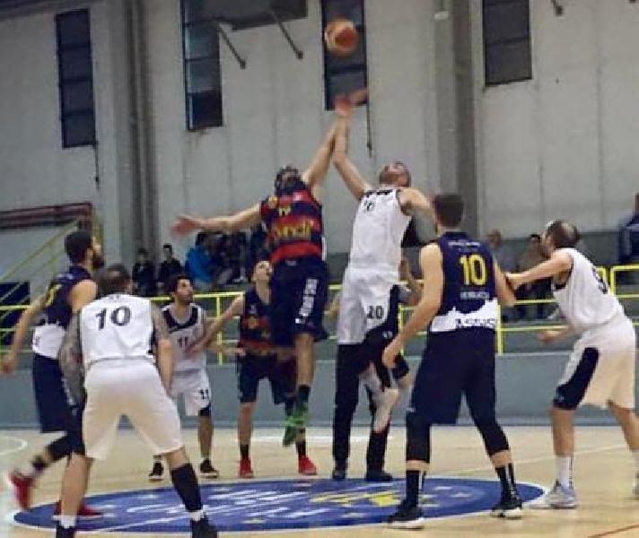 https://www.basketmarche.it/immagini_articoli/16-02-2019/virtus-assisi-espugna-rimonta-campo-pallacanestro-fermignano-600.jpg