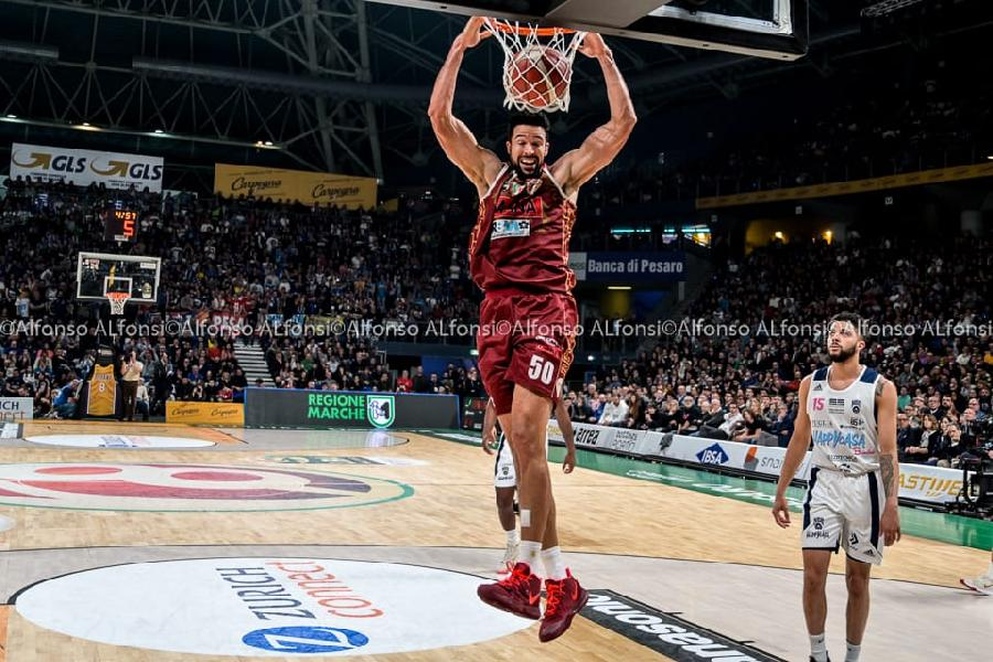 https://www.basketmarche.it/immagini_articoli/16-02-2020/reyer-venezia-supera-happy-casa-brindisi-vince-coppa-italia-600.jpg