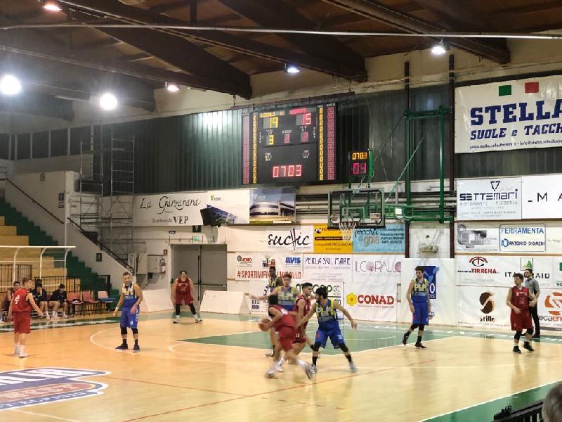 https://www.basketmarche.it/immagini_articoli/16-03-2019/sporting-porto-sant-elpidio-ferma-corsa-basket-fermo-600.jpg