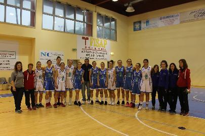 https://www.basketmarche.it/immagini_articoli/16-04-2018/giovanili-grande-successo-per-il-pink-day-270.jpg
