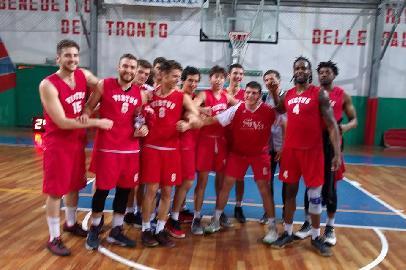 https://www.basketmarche.it/immagini_articoli/16-04-2018/serie-c-silver-la-virtus-porto-san-giorgio-si-sblocca-e-guarda-con-fiducia-ai-playout-270.jpg