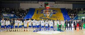 https://www.basketmarche.it/immagini_articoli/16-05-2018/serie-a2-playoff-poderosa-montegranaro-franco-del-moro--venerdì-riempiamo-il-palasavelli-questa-squadra-lo-merita--120.jpg