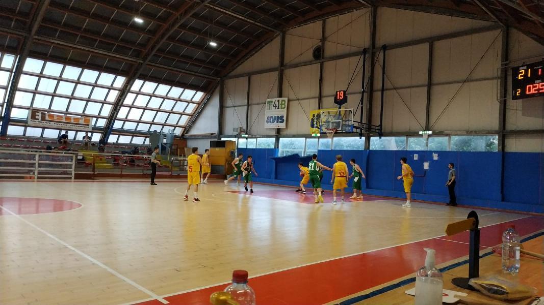 https://www.basketmarche.it/immagini_articoli/16-05-2021/eccellenza-pesaro-supera-wispone-teams-600.jpg