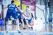 https://www.basketmarche.it/immagini_articoli/16-05-2021/playoff-parte-male-avventura-janus-fabriano-partenope-sant-antimo-120.jpg