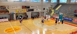https://www.basketmarche.it/immagini_articoli/16-05-2021/robur-osimo-supera-sambenedettese-basket-dopo-supplementare-120.png