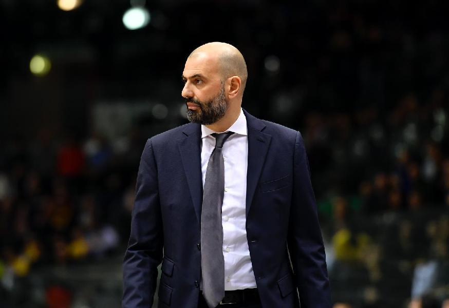 https://www.basketmarche.it/immagini_articoli/16-06-2020/pesaro-accordo-raggiunto-coach-maurizio-buscaglia-600.jpg