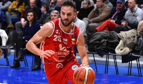 https://www.basketmarche.it/immagini_articoli/16-07-2018/serie-a-ufficiale-l-ex-vuelle-pesaro-pablo-bertone-firma-con-la-pallacanestro-varese-270.png