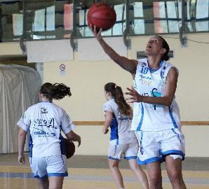 https://www.basketmarche.it/immagini_articoli/16-07-2018/serie-a2-femminile-la-feba-civitanova-conferma-jessica-trobbiani-270.jpg