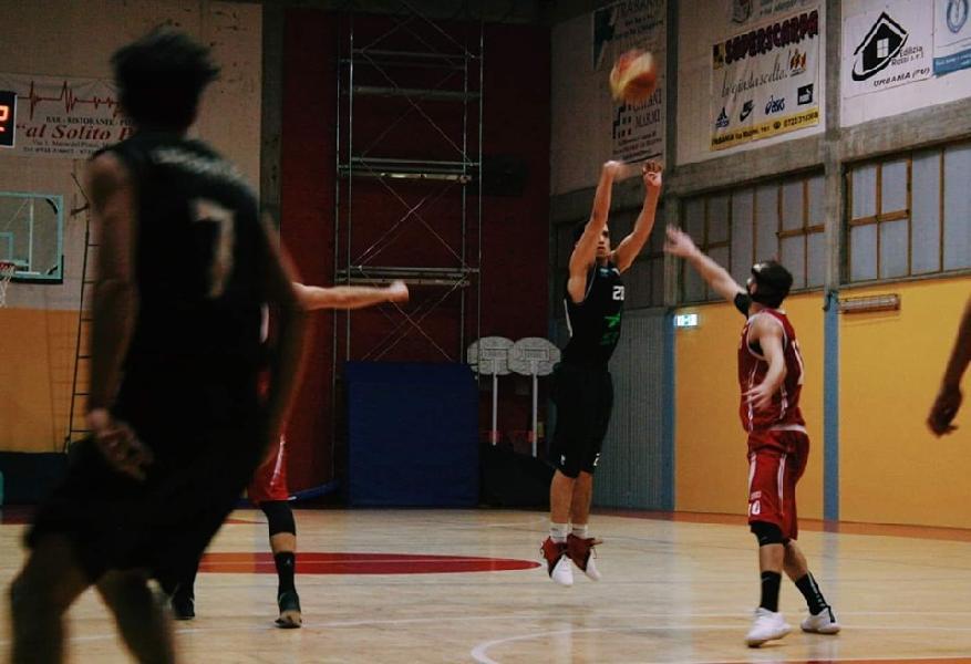 https://www.basketmarche.it/immagini_articoli/16-07-2019/ufficiale-basket-durante-urbania-andrea-alvear-avanti-ancora-insieme-600.jpg