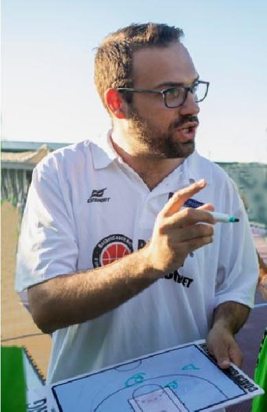 https://www.basketmarche.it/immagini_articoli/16-07-2019/ufficiale-gabriele-marini-allenatore-chem-virtus-porto-giorgio-600.jpg