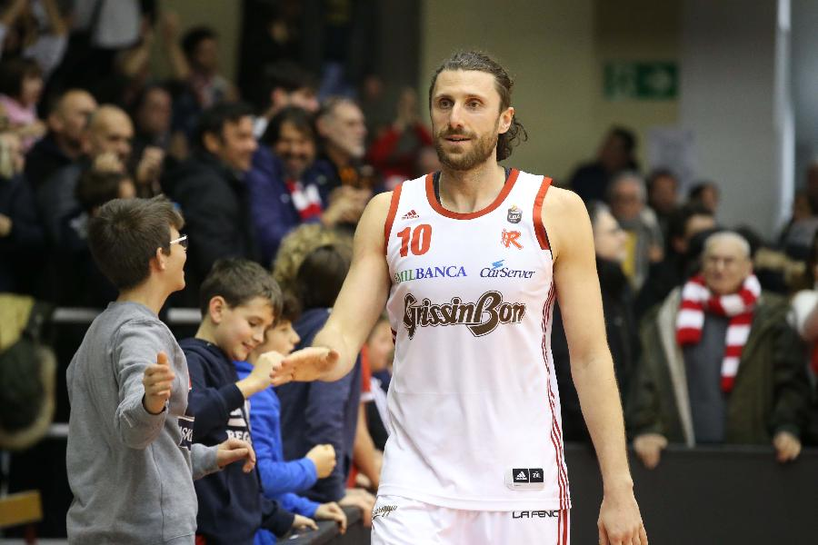 https://www.basketmarche.it/immagini_articoli/16-07-2020/ufficiale-pallacanestro-reggiana-cede-luca-infante-mantova-stings-600.jpg