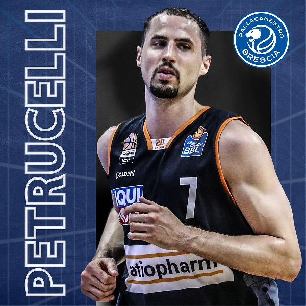https://www.basketmarche.it/immagini_articoli/16-07-2021/ufficiale-john-petrucelli-giocatore-pallacanestro-brescia-600.jpg