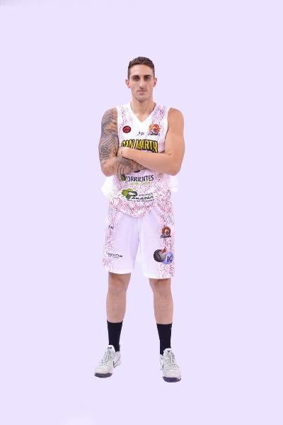 https://www.basketmarche.it/immagini_articoli/16-08-2019/colpo-mercato-basket-aquilano-argentina-arriva-ignacio-tourn-600.jpg