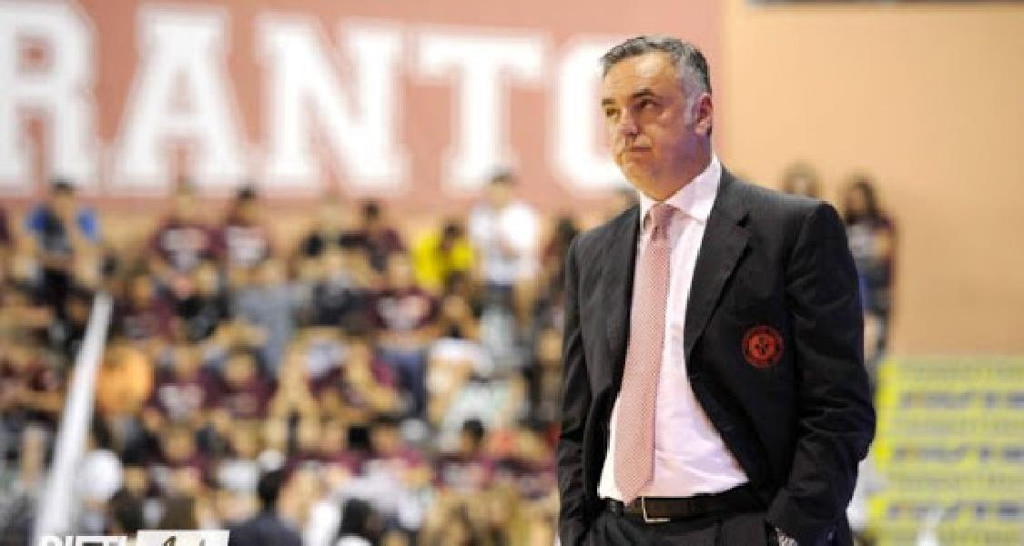 https://www.basketmarche.it/immagini_articoli/16-08-2020/real-sebastiani-rieti-ufficiale-arrivo-paolo-moretti-600.jpg