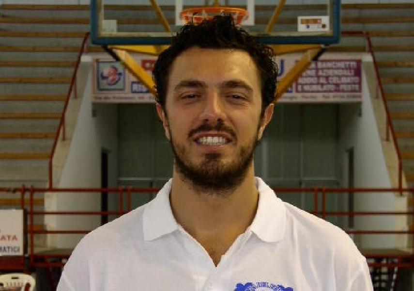 https://www.basketmarche.it/immagini_articoli/16-08-2021/ufficiale-maceratese-giorgio-contigiani-entra-staff-tecnico-fulgor-omegna-600.jpg
