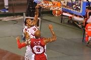 https://www.basketmarche.it/immagini_articoli/16-09-2017/serie-a-la-victoria-libertas-pesaro-cede-solo-nel-finale-all-armani-milano-120.jpg