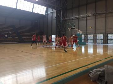 https://www.basketmarche.it/immagini_articoli/16-09-2017/serie-c-silver-la-vigor-matelica-strappa-la-vitoria-nel-test-contro-perugia-270.jpg
