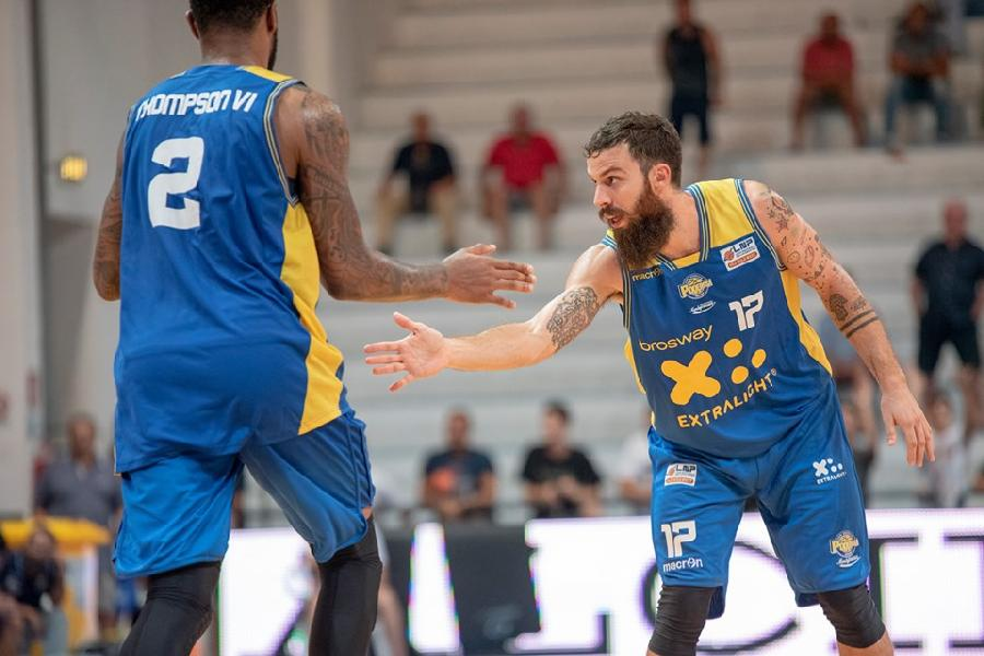 https://www.basketmarche.it/immagini_articoli/16-09-2019/poderosa-montegranaro-bonacini-stata-nostra-uscita-felice-bravi-girare-gara-600.jpg
