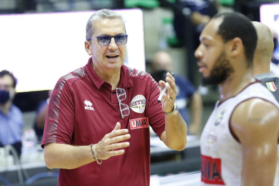 https://www.basketmarche.it/immagini_articoli/16-09-2020/reyer-coach-raffaele-sappiamo-quanta-qualit-abbia-milano-vogliamo-provare-vincere-questo-trofeo-600.jpg