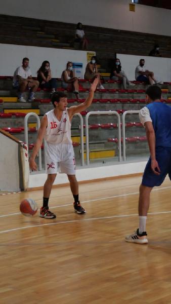 https://www.basketmarche.it/immagini_articoli/16-09-2020/tramarossa-vicenza-buone-indicazioni-prima-amichevole-oderzo-600.jpg