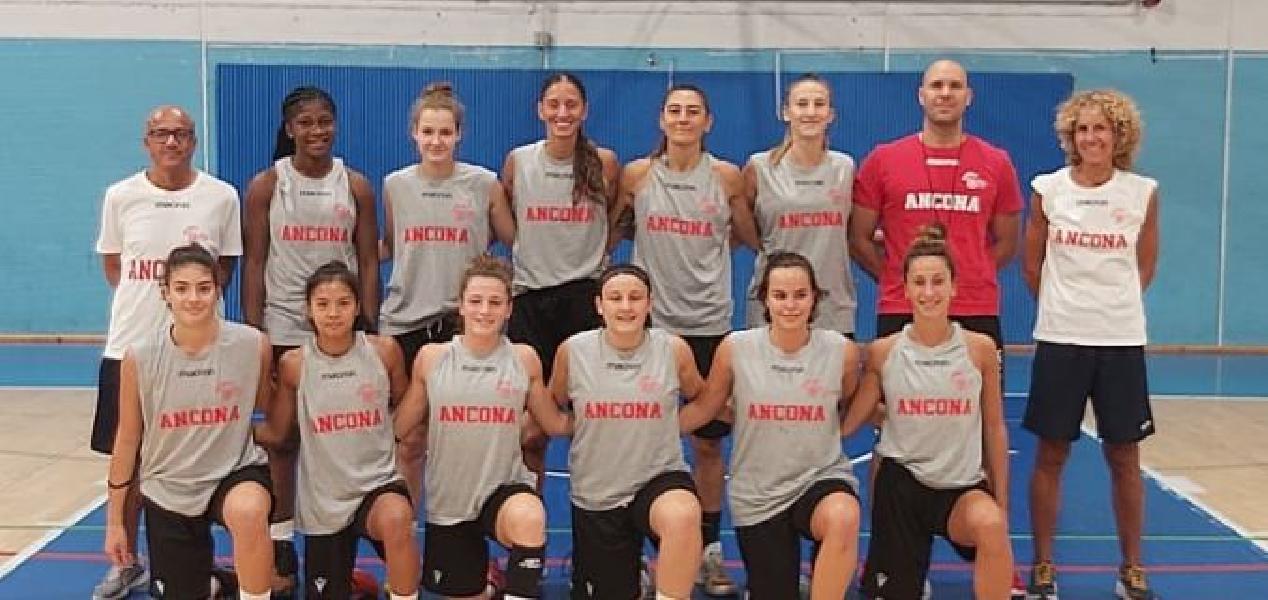 https://www.basketmarche.it/immagini_articoli/16-09-2021/buon-test-amichevole-basket-girls-ancona-porto-giorgio-basket-600.jpg