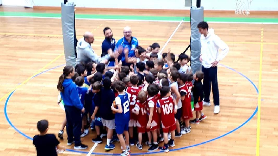 https://www.basketmarche.it/immagini_articoli/16-09-2021/pallacanestro-recanati-maurizio-cannuccia-ritornare-allenarsi-palestra-sicuramente-grande-vittoria-600.jpg