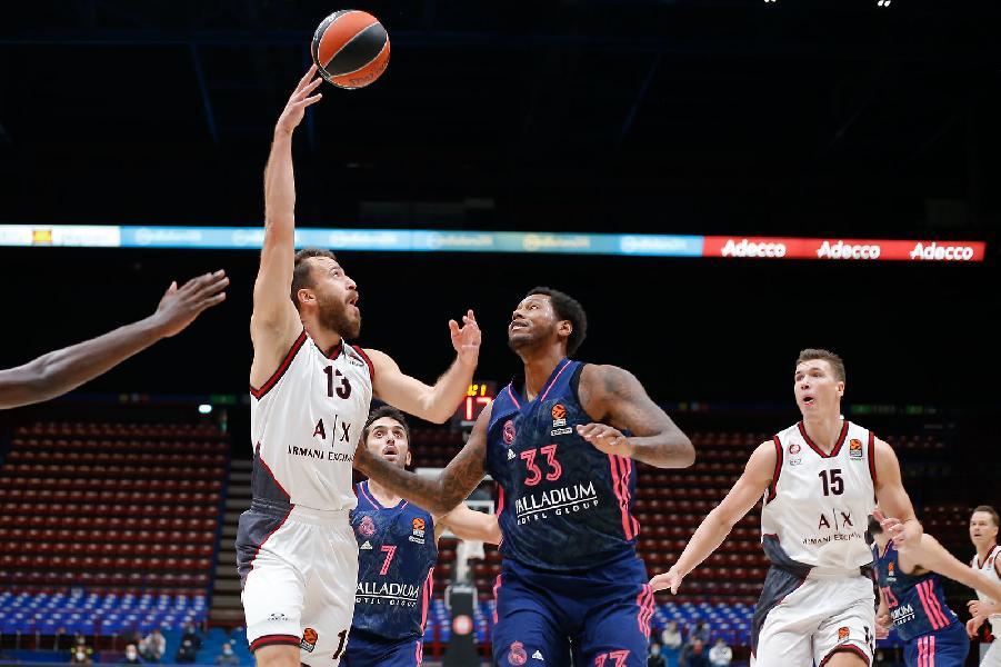 https://www.basketmarche.it/immagini_articoli/16-10-2020/euroleague-olimpia-milano-supera-real-madrid-grande-secondo-tempo-600.jpg