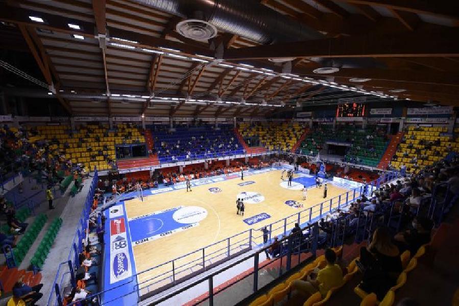 https://www.basketmarche.it/immagini_articoli/16-10-2020/regione-puglia-deroga-sfida-brindisi-treviso-aperta-soli-spettatori-600.jpg