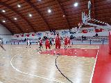 https://www.basketmarche.it/immagini_articoli/16-10-2021/pallacanestro-urbania-vince-derby-campo-pallacanestro-acqualagna-120.jpg