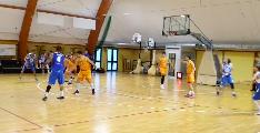 https://www.basketmarche.it/immagini_articoli/16-10-2021/pisaurum-pesaro-supera-porto-sant-elpidio-resta-imbattuto-120.png