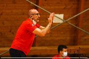 https://www.basketmarche.it/immagini_articoli/16-10-2021/teramo-spicchi-coach-salvemini-pronti-combattere-ogni-azione-cercare-imporre-nostra-pallacanestro-120.jpg